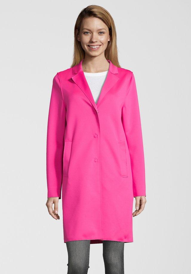 MANTEL LEON N - Mantel - pink