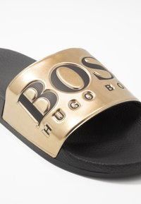 BOSS - SOLAR SLID - Mules - gold - 5