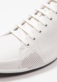 BOSS - SATURN - Sneakers basse - white - 5