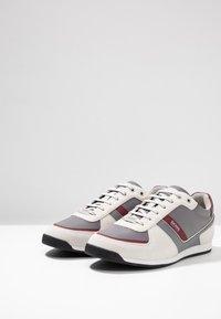 BOSS - GLAZE - Sneakersy niskie - open beige - 2