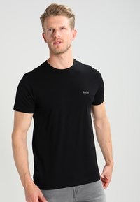 BOSS - T-shirt basique - black - 0