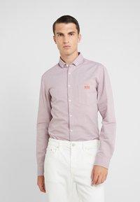 BOSS - BUXTO REGULAR FIT - Shirt - red - 0