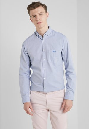 BUXTO REGULAR FIT - Vapaa-ajan kauluspaita - light blue