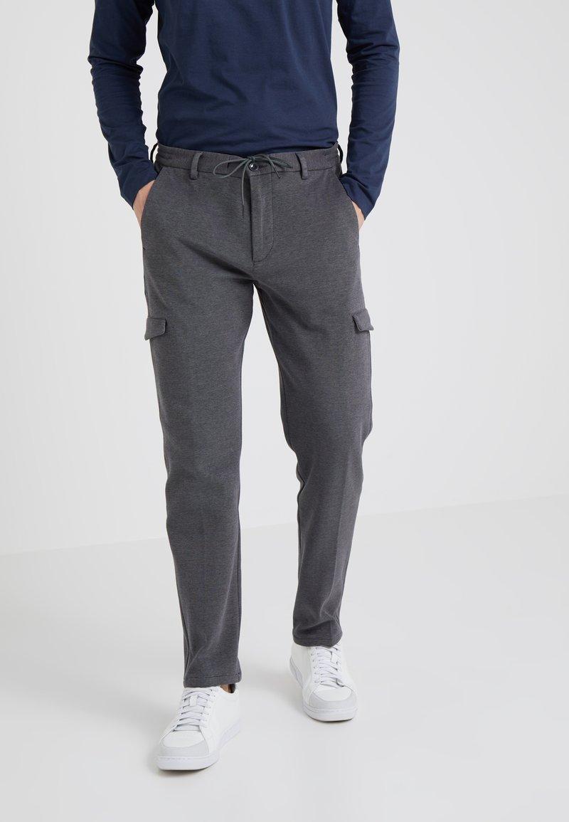 BOSS - TRACKS - Pantalones deportivos - medium grey