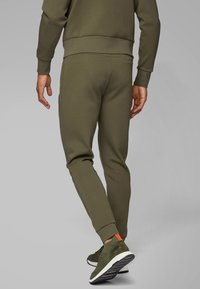 BOSS - HALBOA - Trainingsbroek - dark green - 2