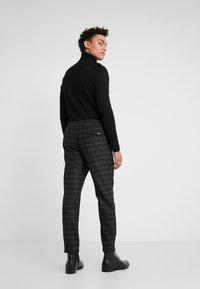 BOSS - KEEN - Pantaloni - medium grey - 2