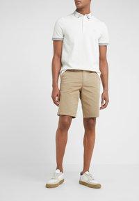 BOSS - LIEM - Shorts - light pastel brown - 0