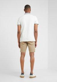 BOSS - LIEM - Shorts - light pastel brown - 2