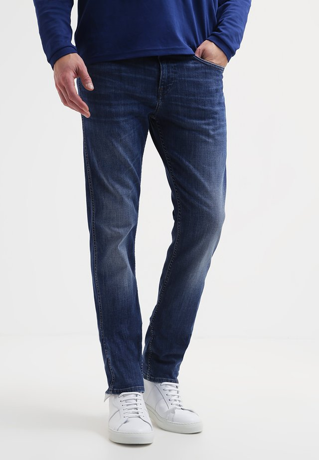 C-DELAWARE - Slim fit jeans - medium blue