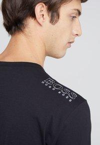 BOSS - TOGN - Long sleeved top - black - 3
