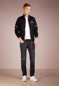 BOSS - SKAZ - veste en sweat zippée - black - 1