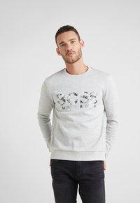 BOSS - SALBO ICONIC  - Sweatshirt - light pastel grey - 0