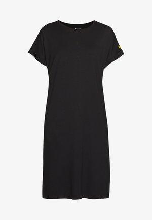 HURDLE DRESS - Žerzejové šaty - black