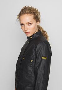 Barbour International - TRACKRACE CASUAL - Summer jacket - black - 3
