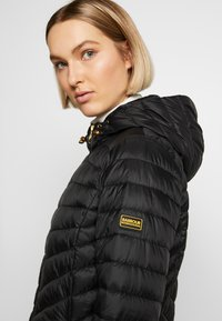 Barbour International - RINGSIDE QUILT - Light jacket - black - 5