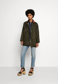 Barbour International - BARBOUR EDITH WAX - Outdoor jacket - archive olive/ancient - 1