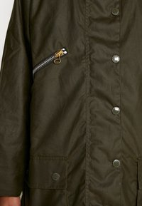 Barbour International - BARBOUR EDITH WAX - Outdoor jacket - archive olive/ancient