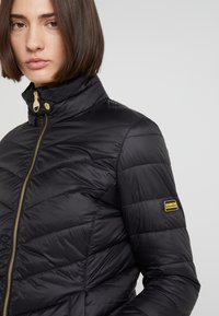 Barbour International - AUBERN QUILT - Light jacket - black - 2