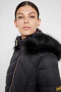 Barbour International - HAMPTON QUILT - Zimní kabát - black - 9