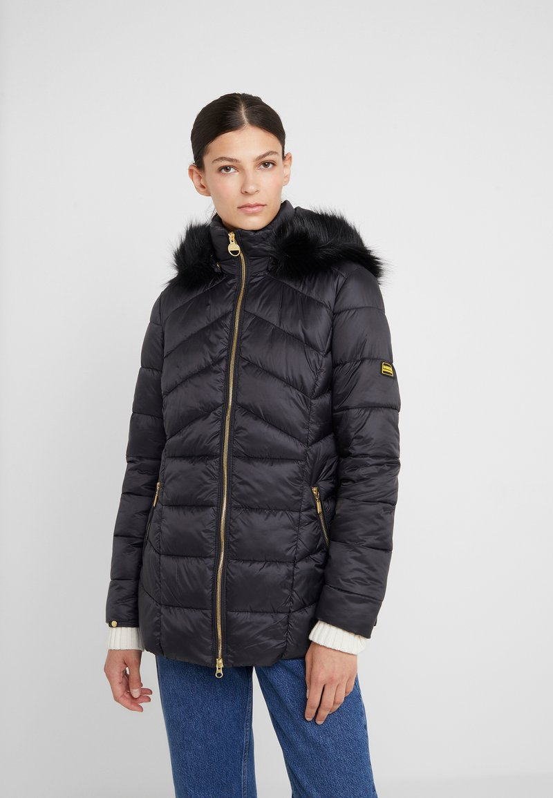 Barbour International - HAMPTON QUILT - Zimní kabát - black