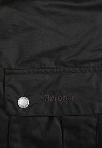 Barbour International - DUKE - Lehká bunda - sage - 6