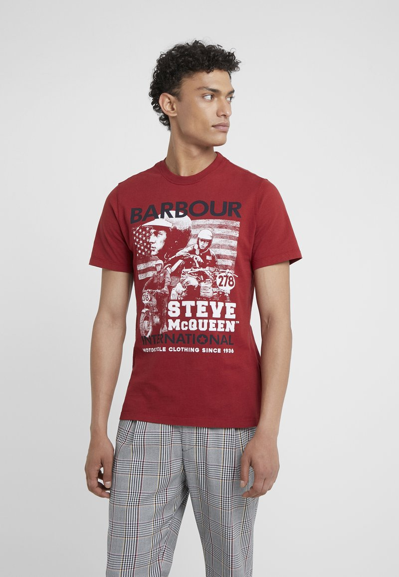 Barbour International - COLLAGE TEE - T-Shirt print - washed red
