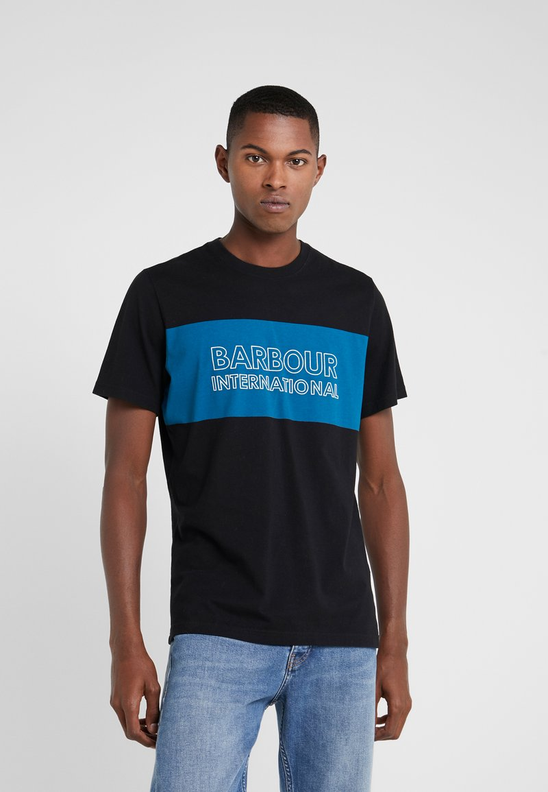 Barbour International - PANEL LOGO TEE - Triko s potiskem - black