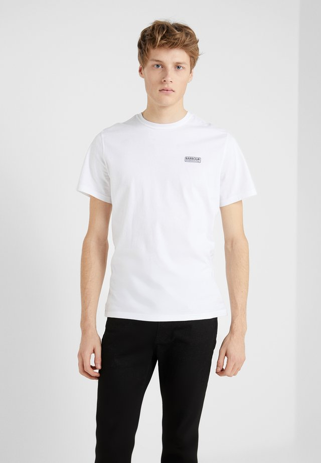 ESSENTIAL SMALL LOGO TEE - T-shirt basique - white