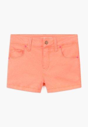 Denim shorts - peach