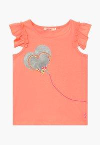 Billieblush - T-shirts med print - peach - 0