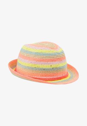Hatt - unique