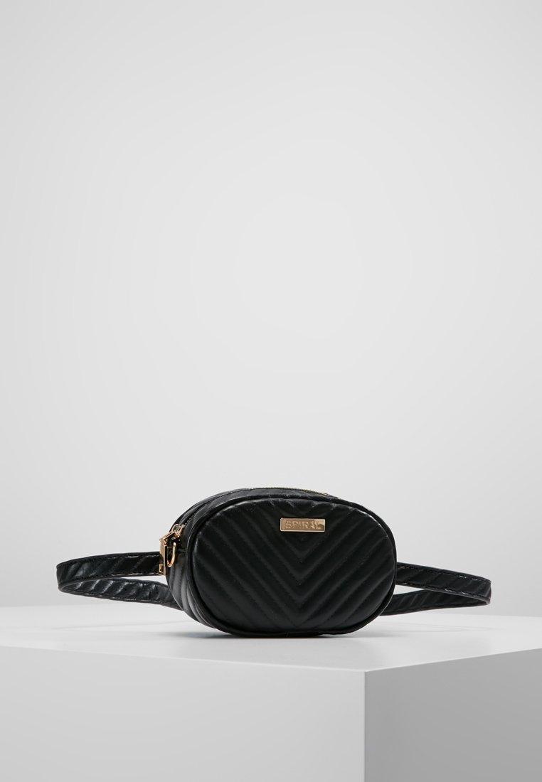 Spiral Bags - LABEL BUM BAG - Ledvinka - black
