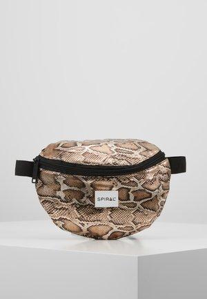 PLATINUM BUM BAG - Heuptas - gold