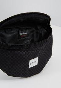Spiral Bags - BUM BAG - Marsupio - palace black - 4