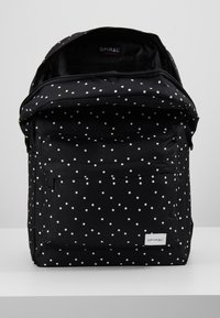 Spiral Bags - Batoh - black - 4