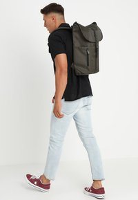 Spiral Bags - TRIBECA - Rugzak - industry olive - 1