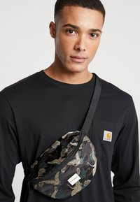 Spiral Bags - BUM BAG - Rumpetaske - paradise birds /black - 1