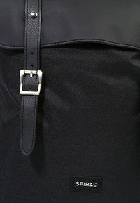 Spiral Bags - SOHO - Reppu - blackout - 6