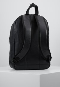 Spiral Bags - OG LABEL - Batoh - black - 2