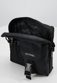 Spiral Bags - MILITARY - Sac à dos - black