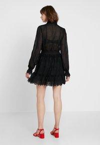 Bik Bok - ESTELLE - Skjortklänning - black - 2
