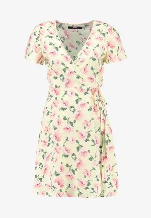 MARIANNE - Denní šaty - yellow