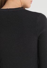Bik Bok - MARIO - Stickad tröja - black - 6