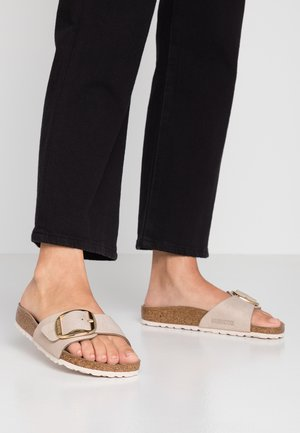 MADRID BIG BUCKLE - Slippers - washed metallic rose gold