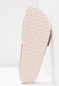 Birkenstock - MADRID BIG BUCKLE - Slippers - washed metallic rose gold - 6