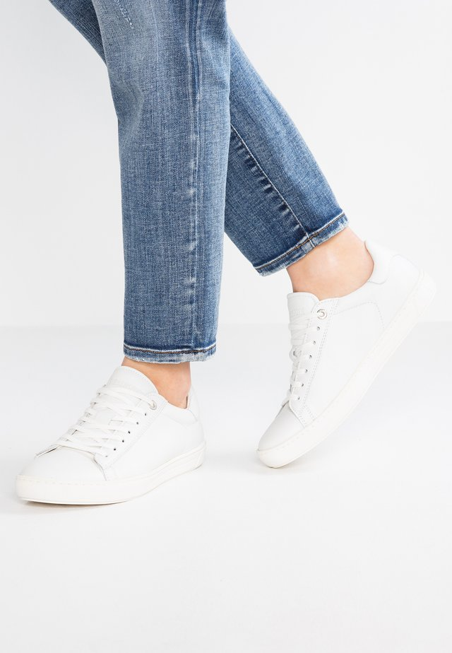 LEVIN WOMEN - Trainers - white