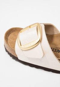 Birkenstock - MADRID - Pantolette flach - graceful pearl white - 5