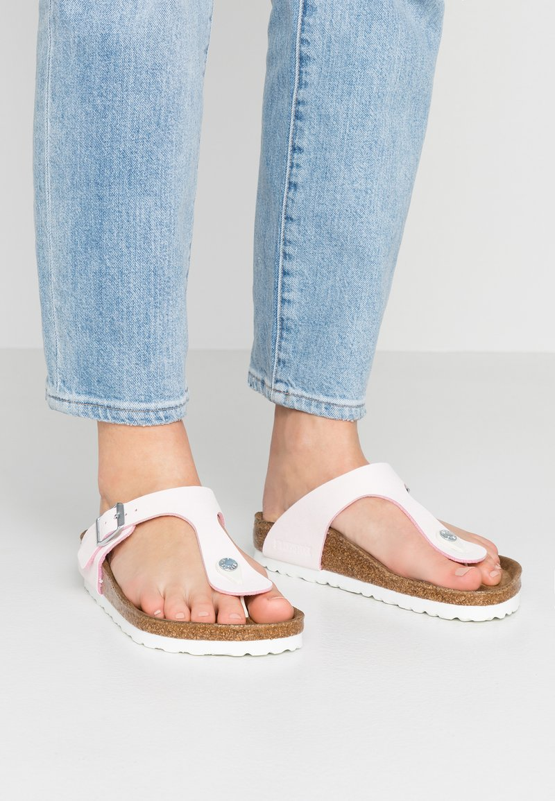 Birkenstock - GIZEH - T-bar sandals - brushed rose