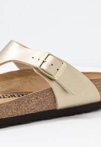 Birkenstock - GIZEH - Slippers - gold - 2