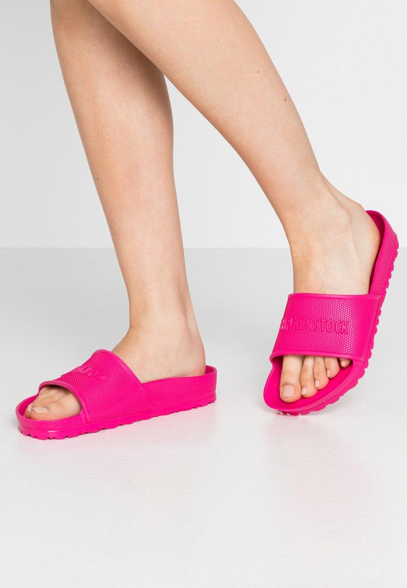 Birkenstock - BARBADOS - Sandály do bazénu - beetroot purple